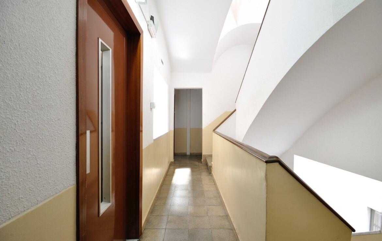 entrada habitatge antiga