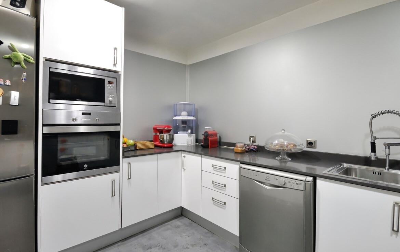 cuina blanca-gris