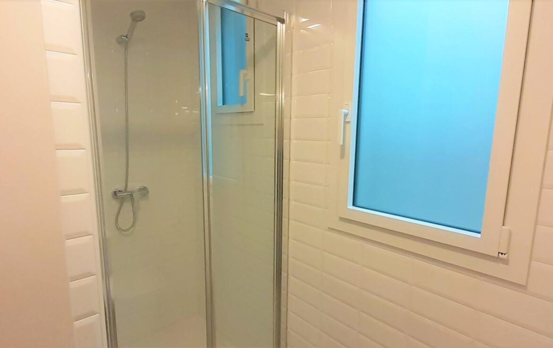 bany petit interior