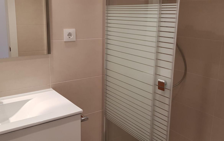 bany individual interior